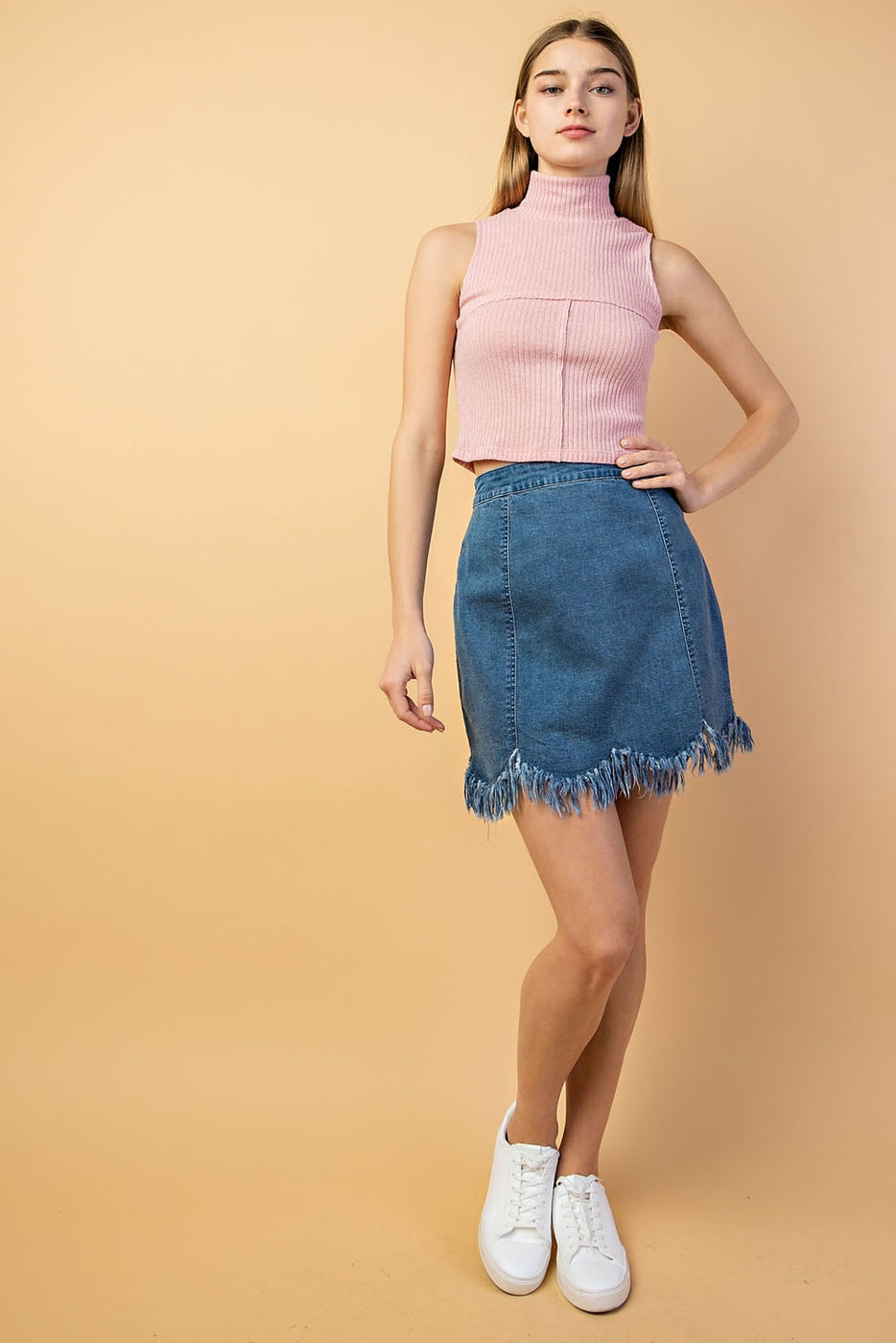 Turtleneck Sleeveless Top In Pink Siin Bees