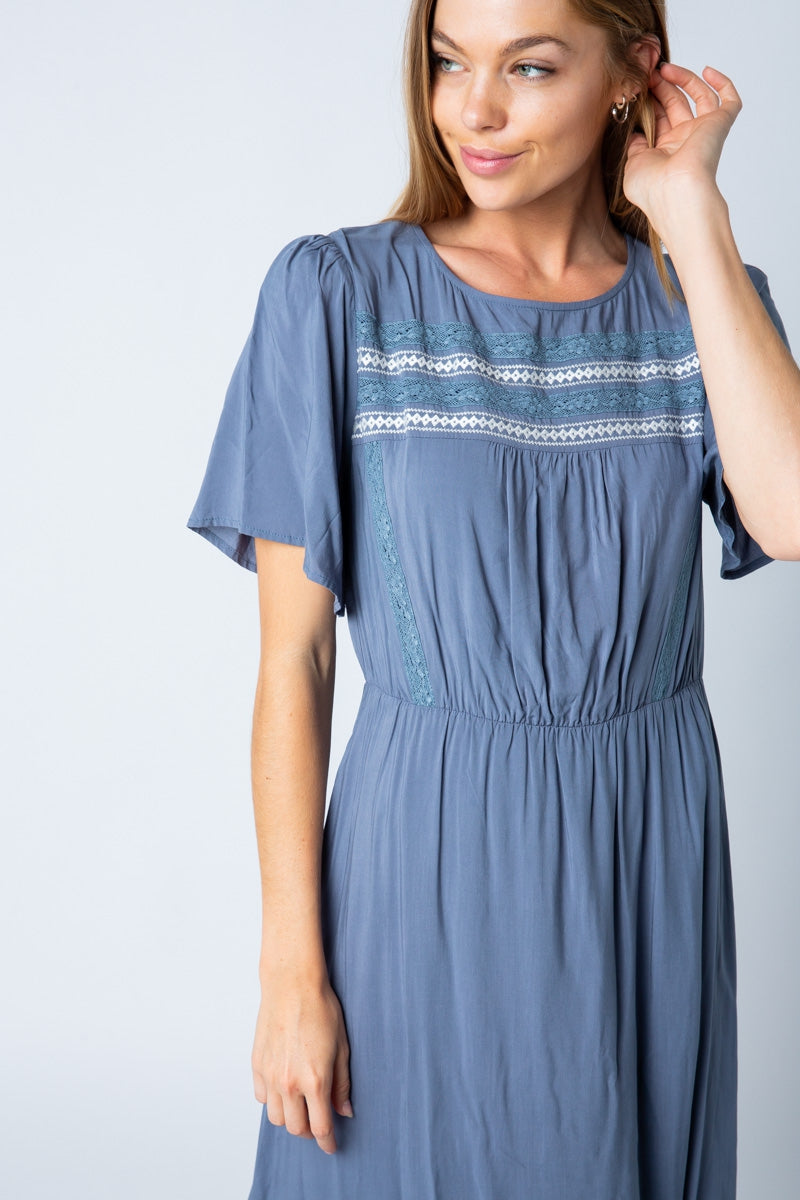 Sofia Maxi Dress Trim Detail Short Sleeve Siin Bees