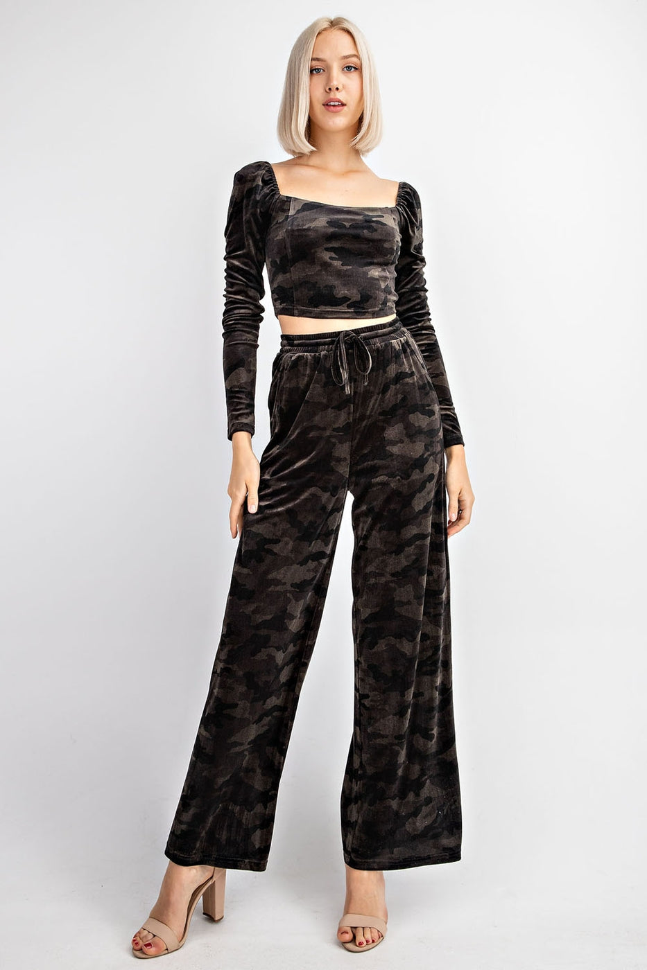 Printed Square Neck Velvet Long Sleeve Crop Top Siin Bees