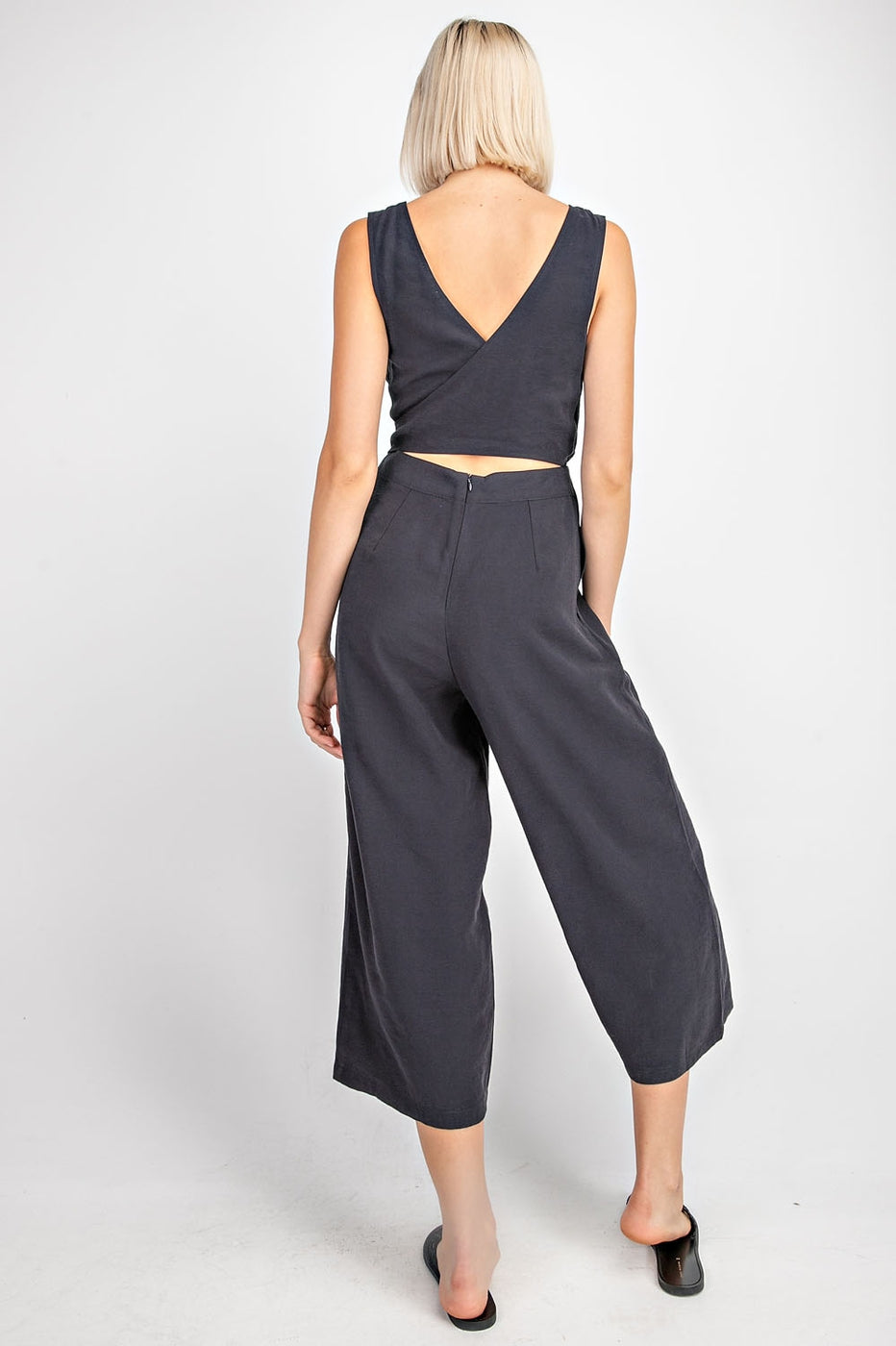 Elizabeth Jumpsuit With Back Tie Cropped Siin Bees