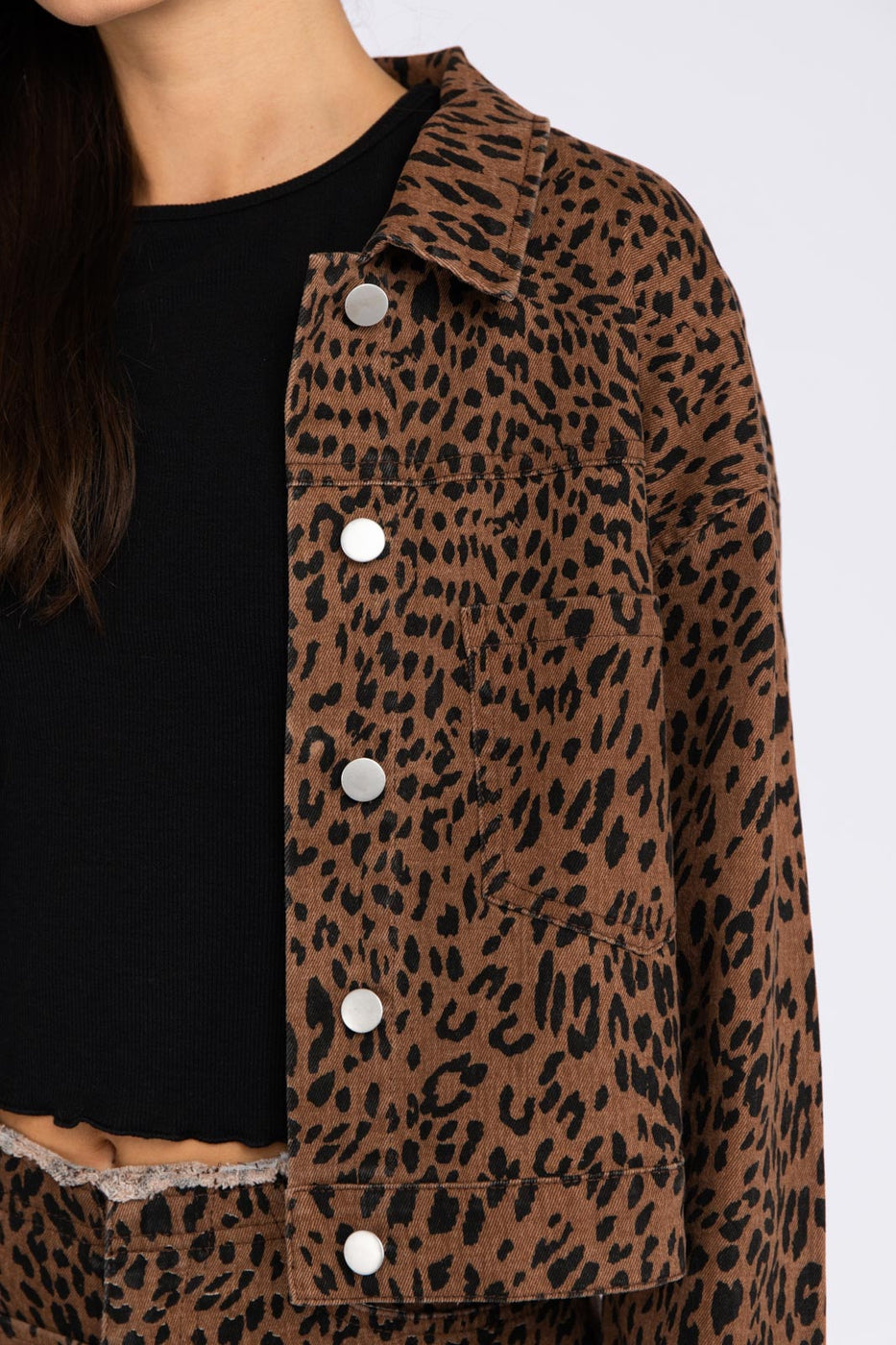 Animal Print Denim Jacket In Brown Leopard Siin Bees