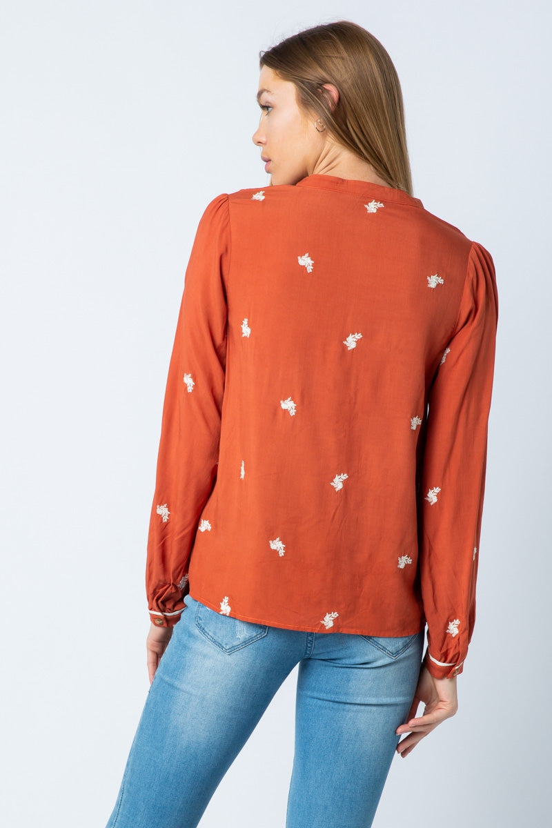 Summer Embroidery Long Sleeve Blouse Crew Neck With Button Down Siin Bees