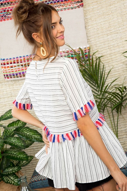 Round Neck Short Sleeve Tassel Accent Wtih Back Button Stirpe Printed Top Siin Bees