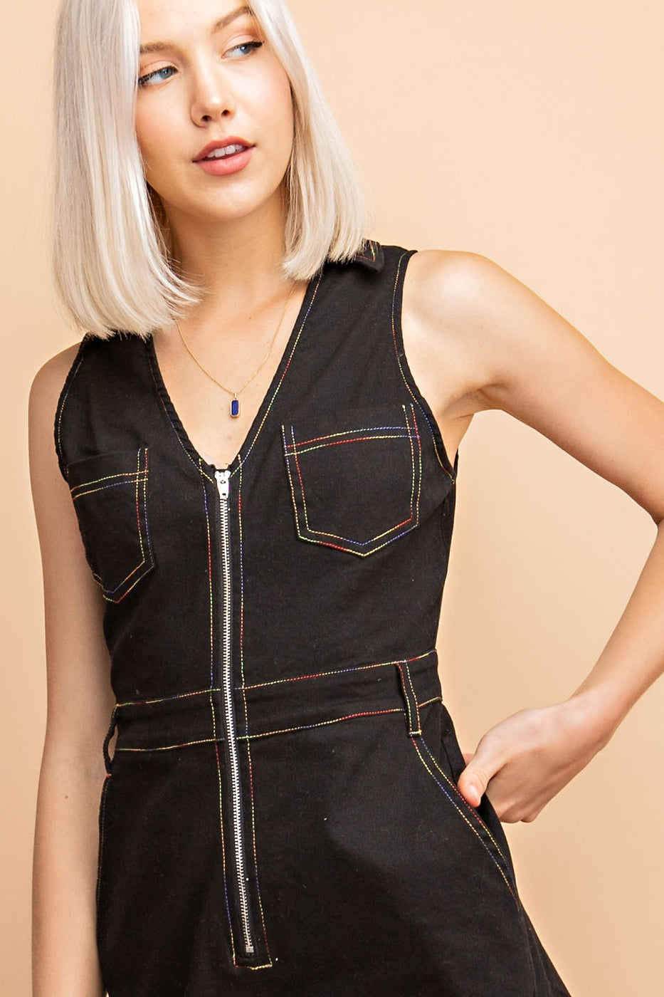 Sleeveless Zip Up Romper With Contrast Stitching And Collar Siin Bees