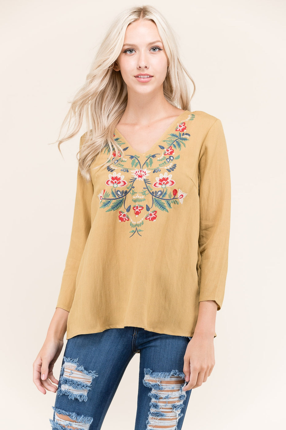 Long Sleeves Embroidered Top In Camel Siin Bees