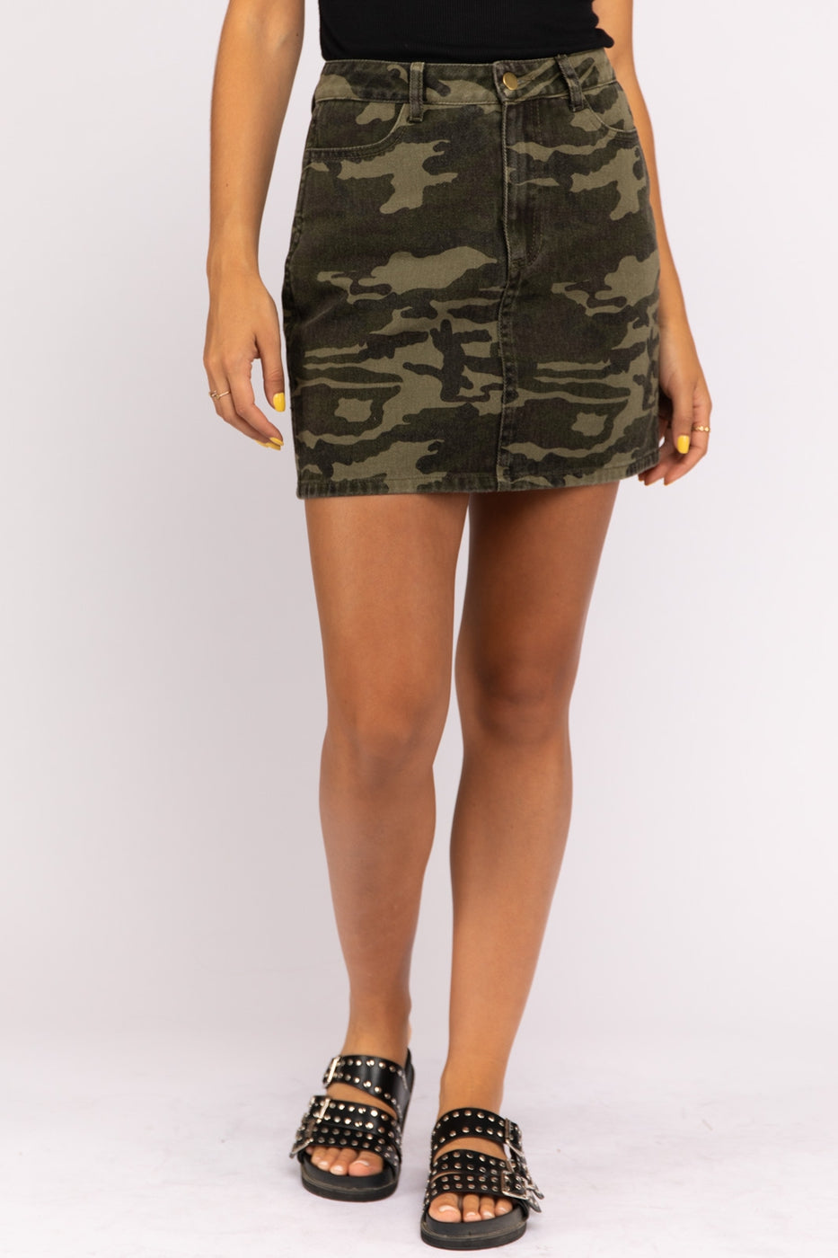 Camouflage Distressed Skirt Siin Bees
