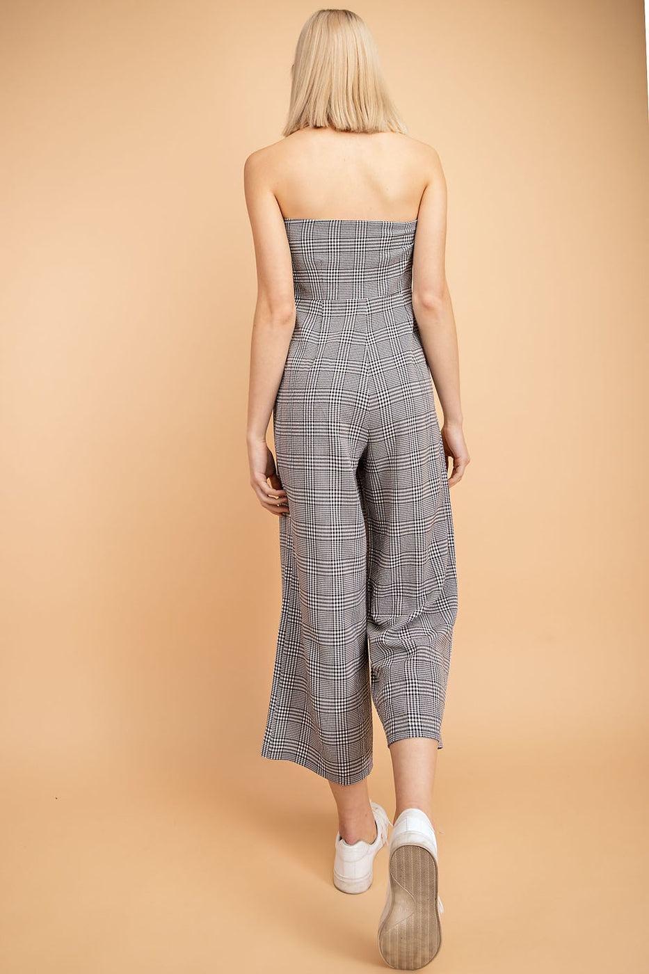 Strapless Plaid Culotte Jumpsuit With Front Twist In Black-White Siin Bees
