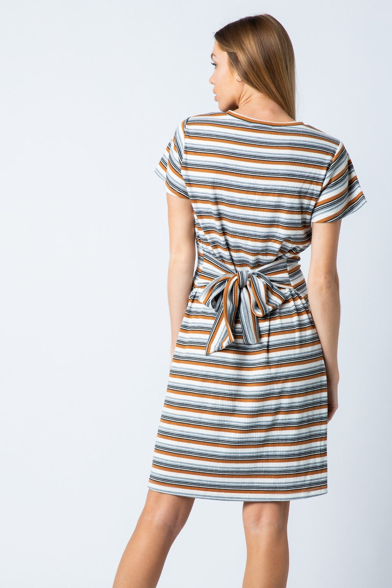 Lilly Midi Dress Short Sleeve With Self Waist Tie Siin Bees