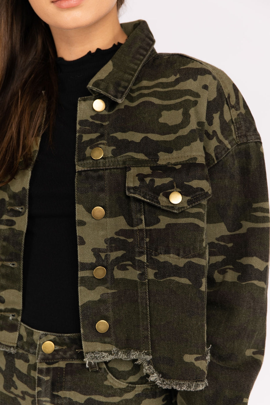 Camouflage Distressed Hem Jacket Siin Bees