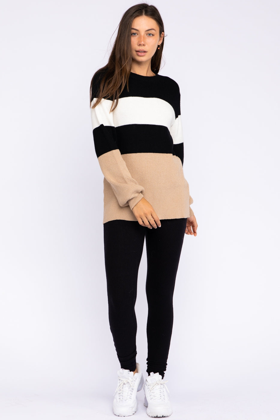 Multi Colorblock Knit Sweater In Black-White-Tan Siin Bees