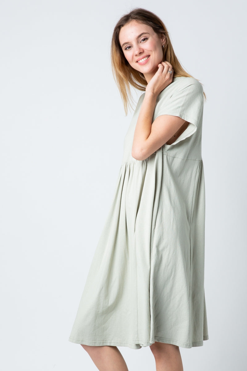 Evelyn Drop Shoulder Loose Fit Dress With Button Down In Sage Siin Bees