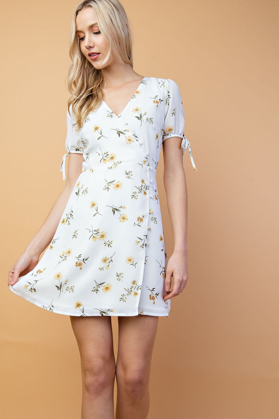 Melanie Floral Mini Dress With Print Half Sleeve Button Down In White-Multi Siin Bees