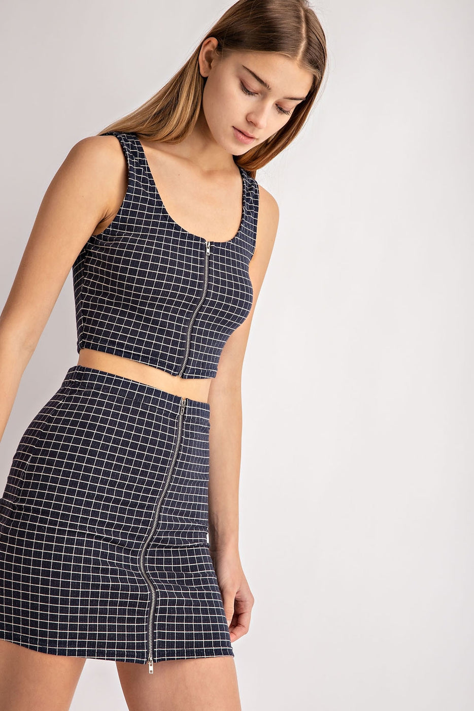Zip Up Gingham Stretched Knit Top In Navy Siin Bees