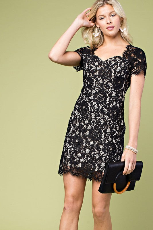 Scallop Edge Front Cut Out Neck Short Sleeve Dress In Black Siin Bees