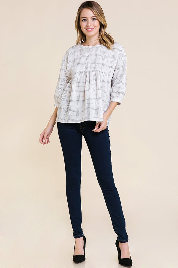 3/4 Sleeve Top With Back Button Detail In White Siin Bees