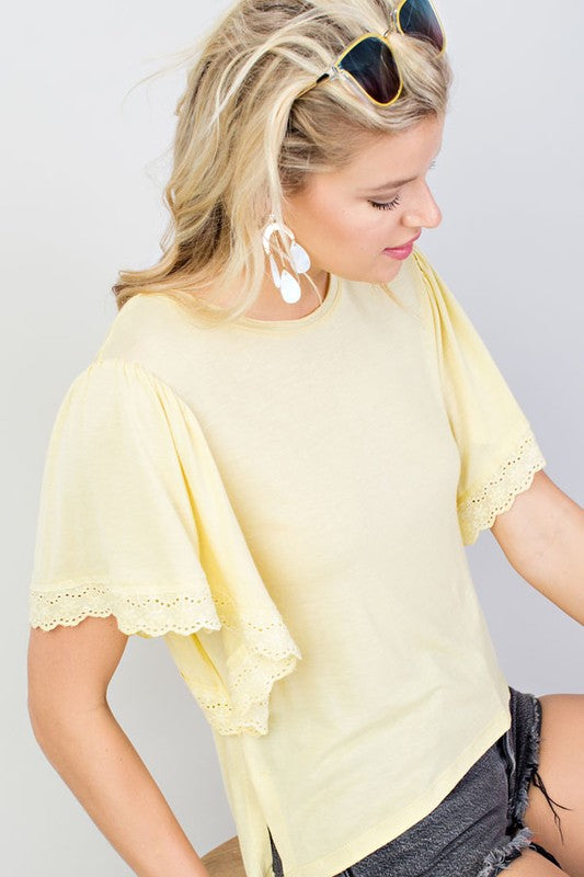 Lemon Casual Top With Ruffled Sleeve Siin Bees