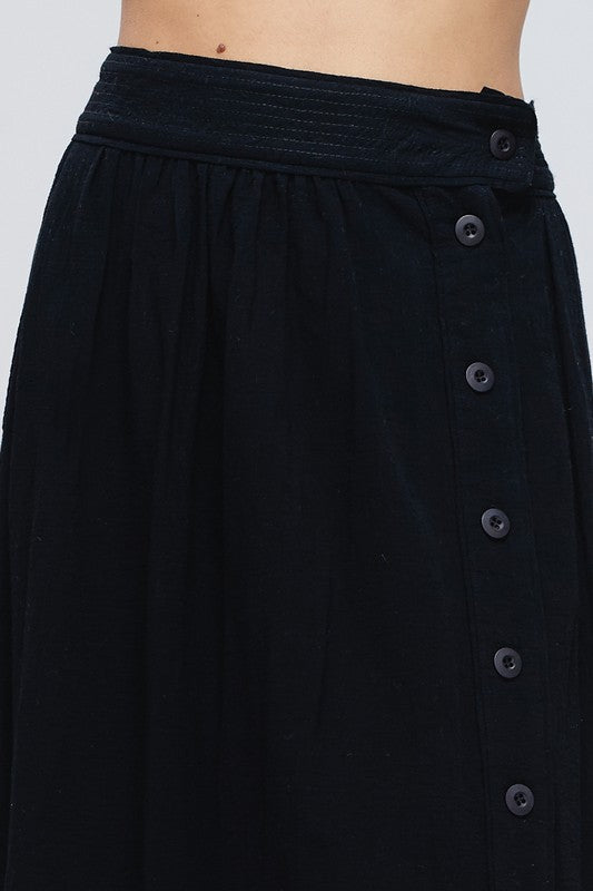 Black Midi Skirt Button Down With Fully Lined Siin Bees