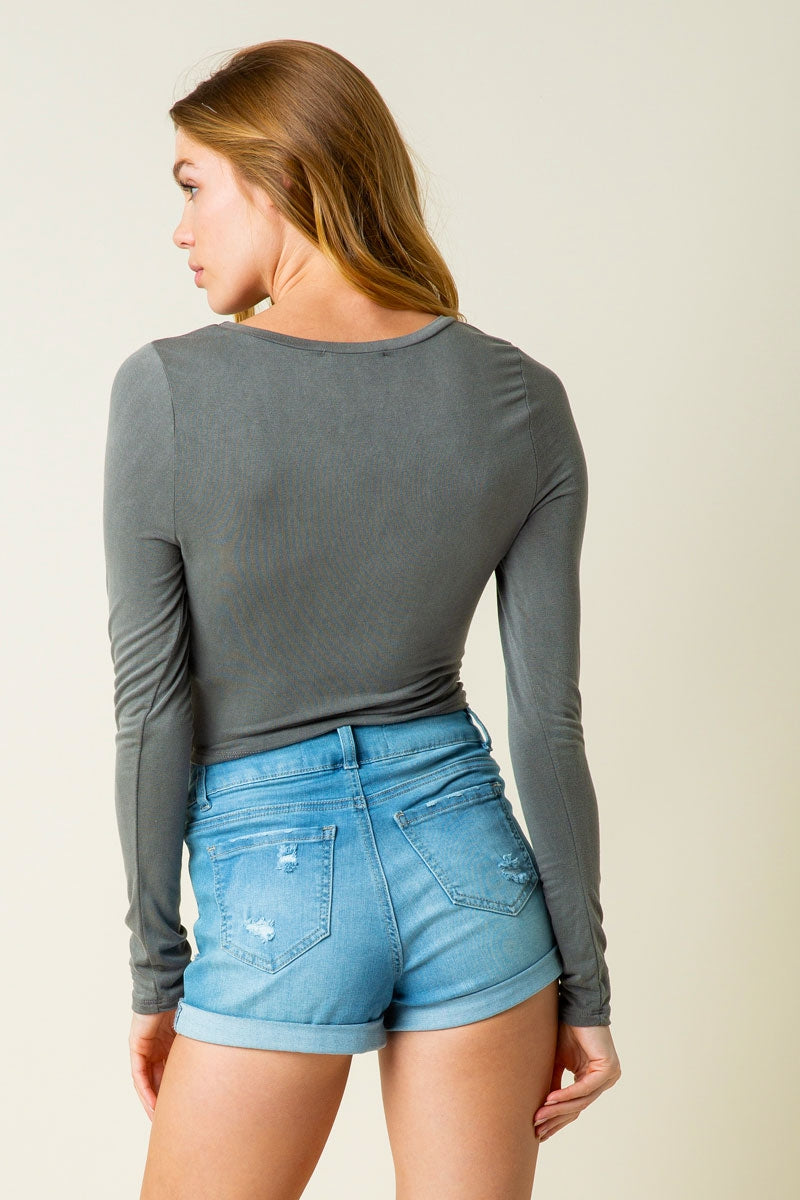 Eliza Knit Long Sleeve Crop Top With Cross Twist Front In Charcoal Siin Bees