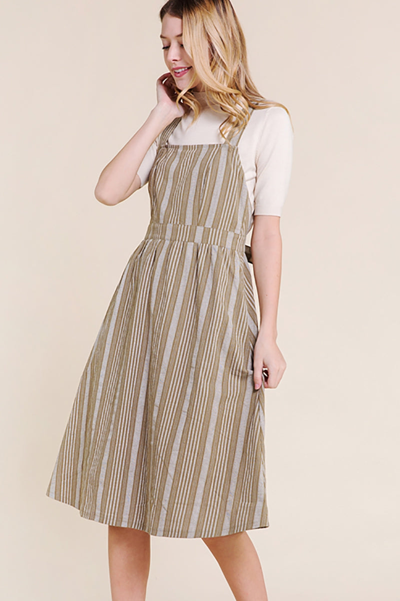 Hazel Midi Dress Back Grommet Detailed In Green Siin Bees