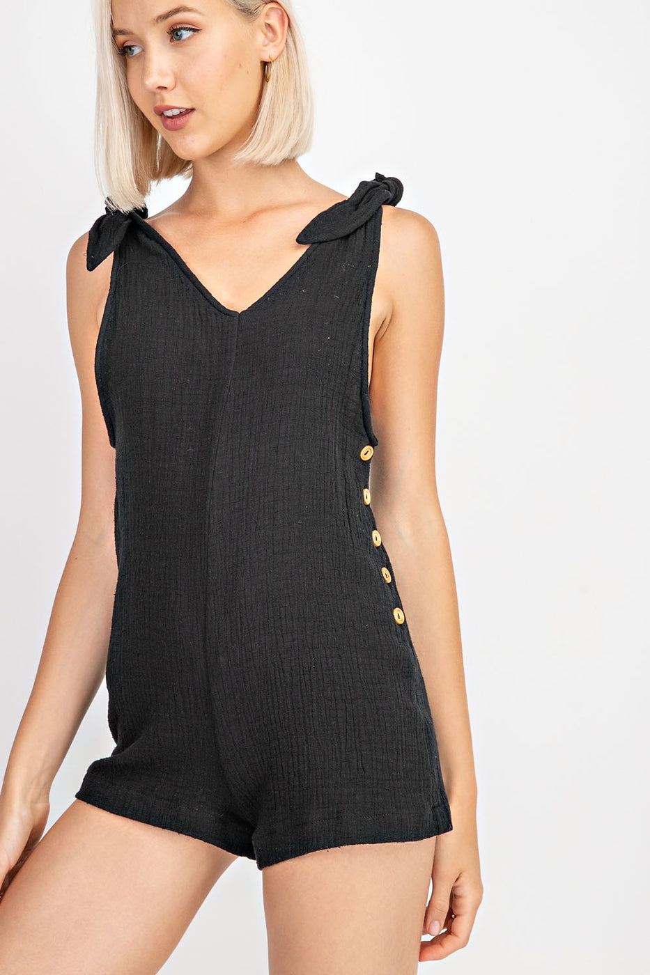 Tie-Shoulder Point Side Button Down Romper Siin Bees