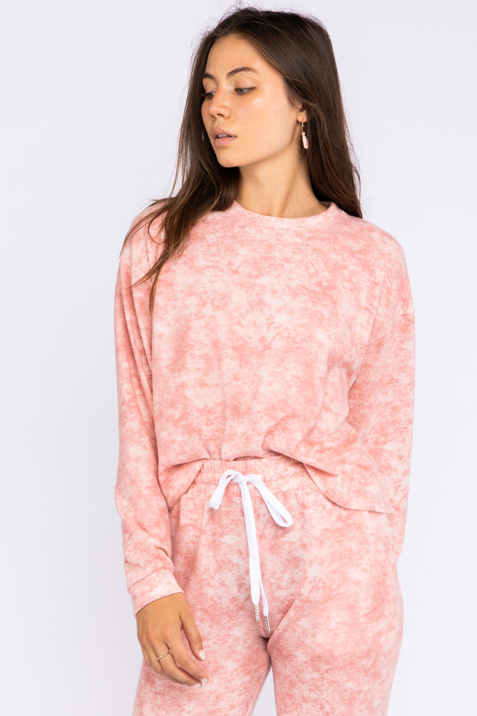 Long Sleeve Crew Neck Tie Dye Top In Blush Siin Bees