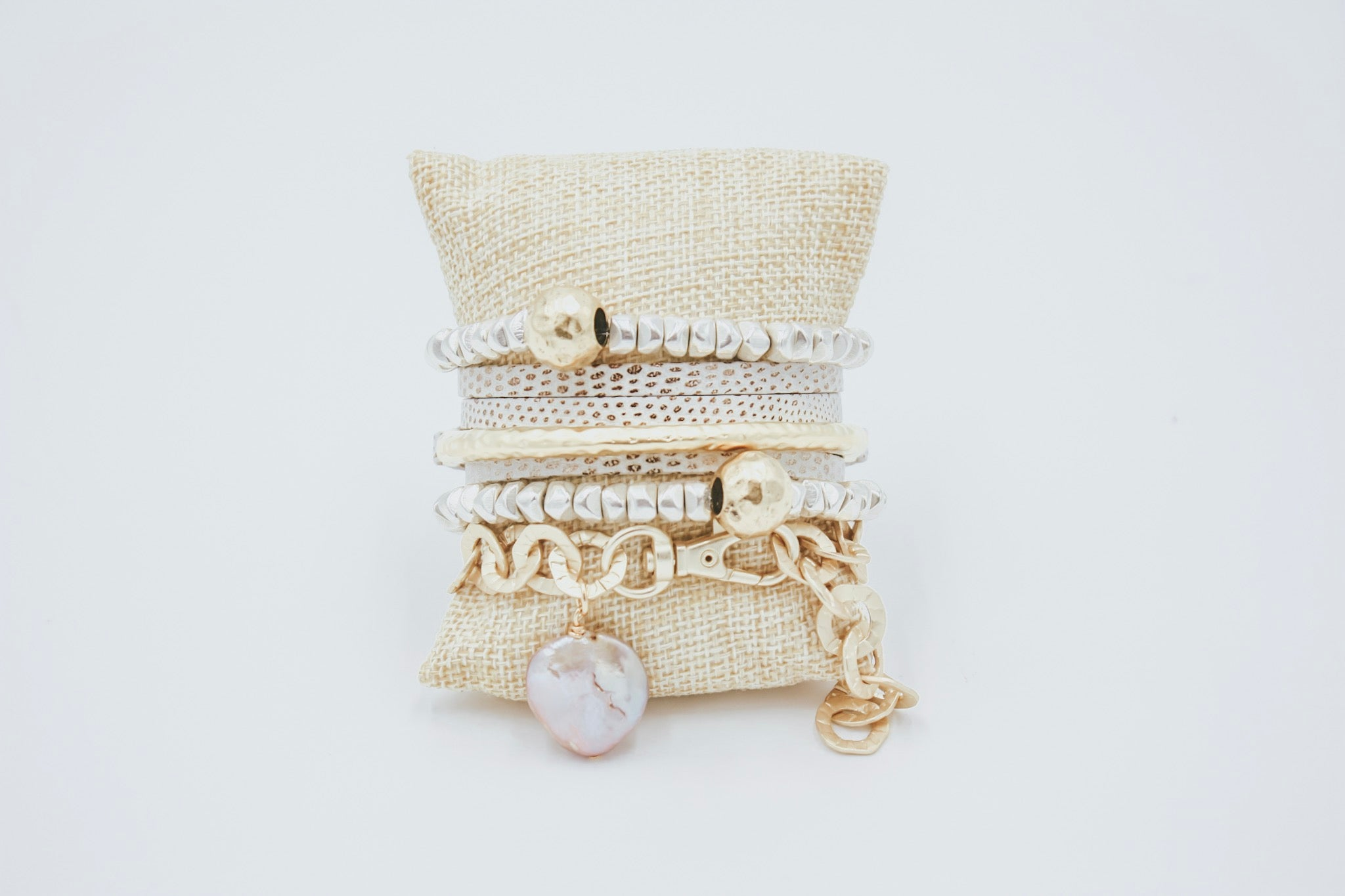 Washer Toggle Pearl Nugget Bracelet