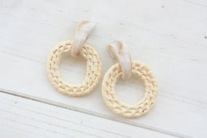 Snail Post Wicker Hoop