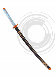 Katana de Demon Slayer empuñada por Kochou Shinobu