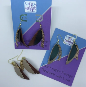 Leaf layered & dangling earrings with metal chain