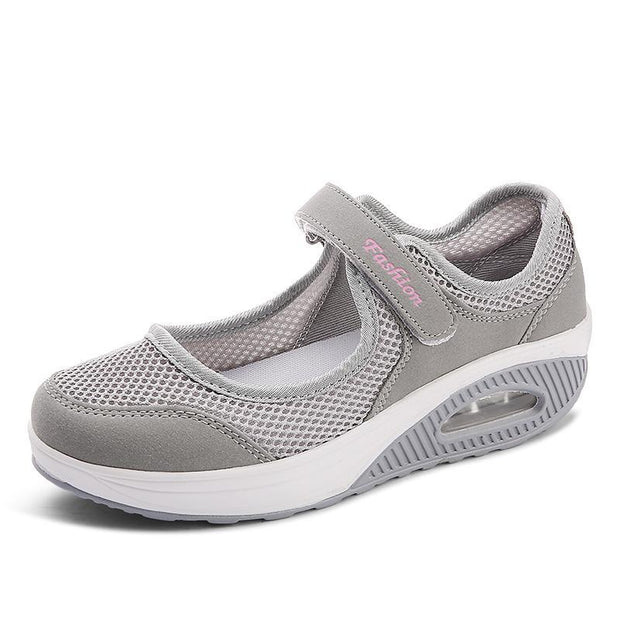 Women's Fashion Flying Woven Cushion Velcro Shoes