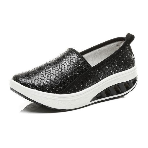 Women's Thick-soled Wedged Slip-on Peas Shoes