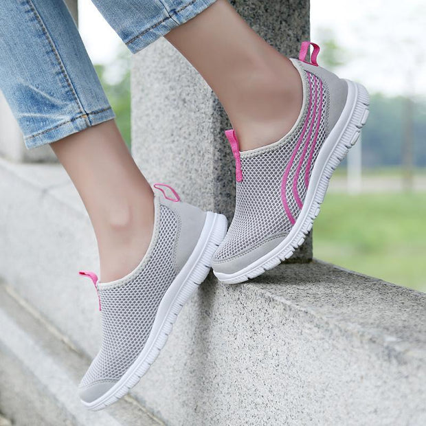 Women's Breathable Mesh Running Shoes