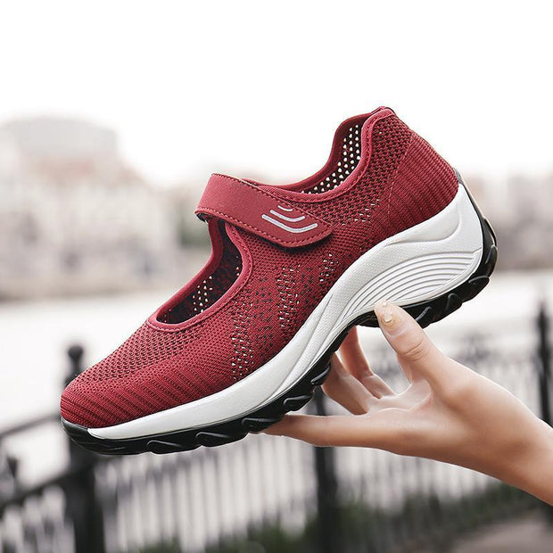 Women Outdoor Running Breathable Mesh Slip On Flat Shoes