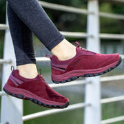 135677 Women's fashion trend comfortable and breathable casual shoes