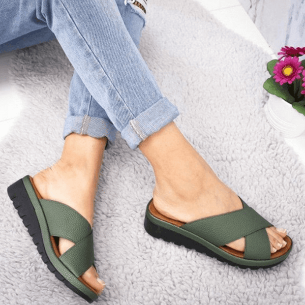 135833 Summer wear slippers Korean fashion wave pattern flat sandals drag