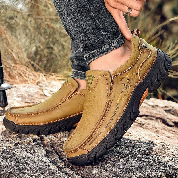 Fashion Casual Leather Men's Shoes Lightweight Moccasins Loafers Breathable Shoes Flats Sneakers Big Sizes