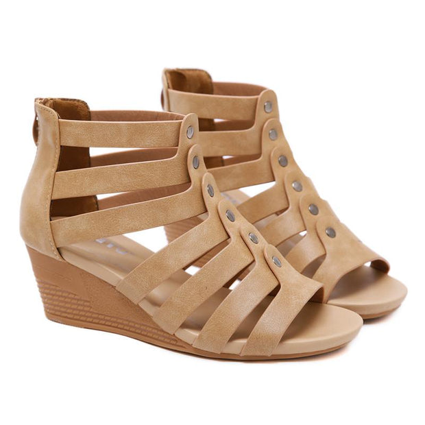 Women Open Toe Sandals Rivet Strappy Cut Out Sandals Platform Wedge Heel Med Heels Ankle Strap Comfot Shoes Plus Size 42