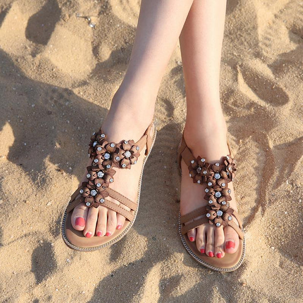 Woman Sandals Flowers Luxury Women's Summer Shoes 2020 Rhinestones Sandals Platform Large Sizes 41 43 Flat-Bottomed Lady Sandals
