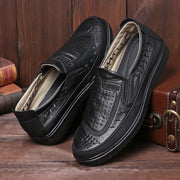 Men Old Peking Style Hole Breathable Soft Slip On Casual Shoes