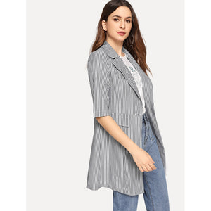 Button & Pocket Up Notched Neck Striped Blazer