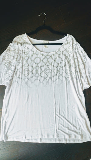 White Zenergy by Chico's stretchy tshirt with silver size 3