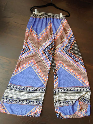 Blue, Black, Orange Multicolor Fashion to Figure Pants, size 18
