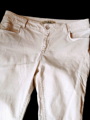 White Low Casual Jeans, Size 40