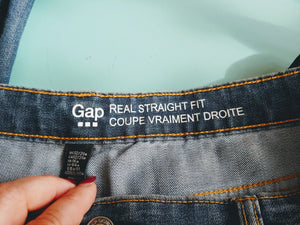 Gap Real Straight Fit Jean, size 12/31
