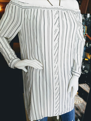White & Black Stripe Love Fire Top, size L