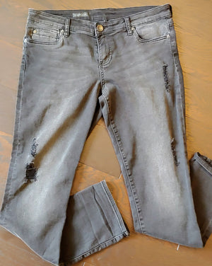 Black Kut from the Kloth Boyfriend Jeans, size 8