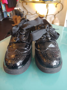 Black Pink & Poppy Patent Leather Shoes, size 9