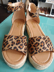 Leopard Print Platform Bonnibel Shoes, size 8