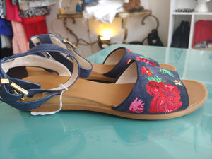 Blue & Floral Kenneth Cole Shoes, size 7.5