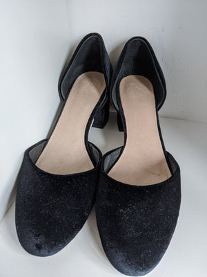 Velvet Alex + Alex Shoes, size 10